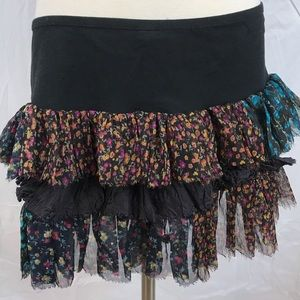 EUC✨FREE PEOPLE Frill Floral layers mini skirt L